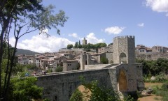 Viajar a Girona: Retorno al medioevo en Besalú