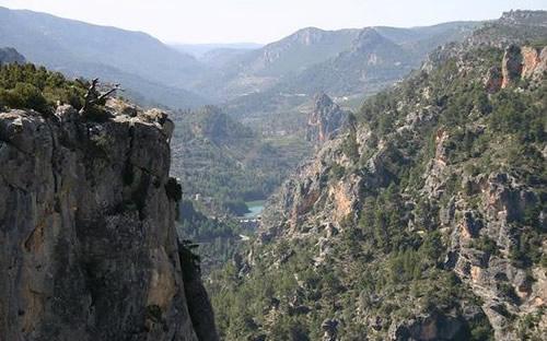 El entorno inconfundible de Santiago-Pontones