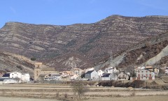 Yebra de Basa, tras la ruta de los santuarios