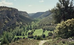 Hoces del Río Riaza: paseo entre riscos y cañones