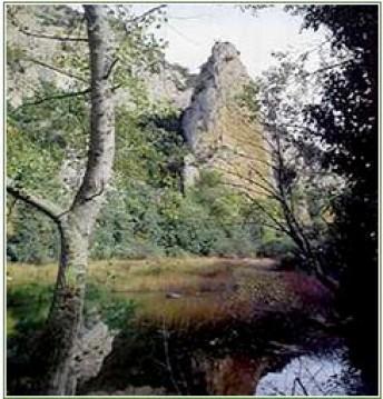 Montes Obarenes – San Zadornil: auténtico murallón natural