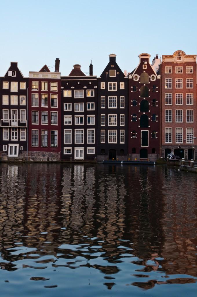 Ámsterdam: ciudad de canales y centro financiero