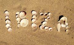 Trucos para ahorrar en tus viajes a Ibiza